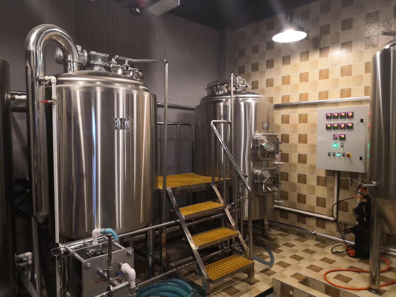 日产300升酒店啤酒设备
